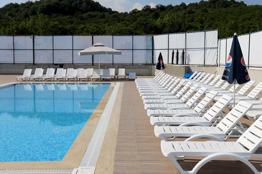 Rizom Tatil Koyu women-only pool