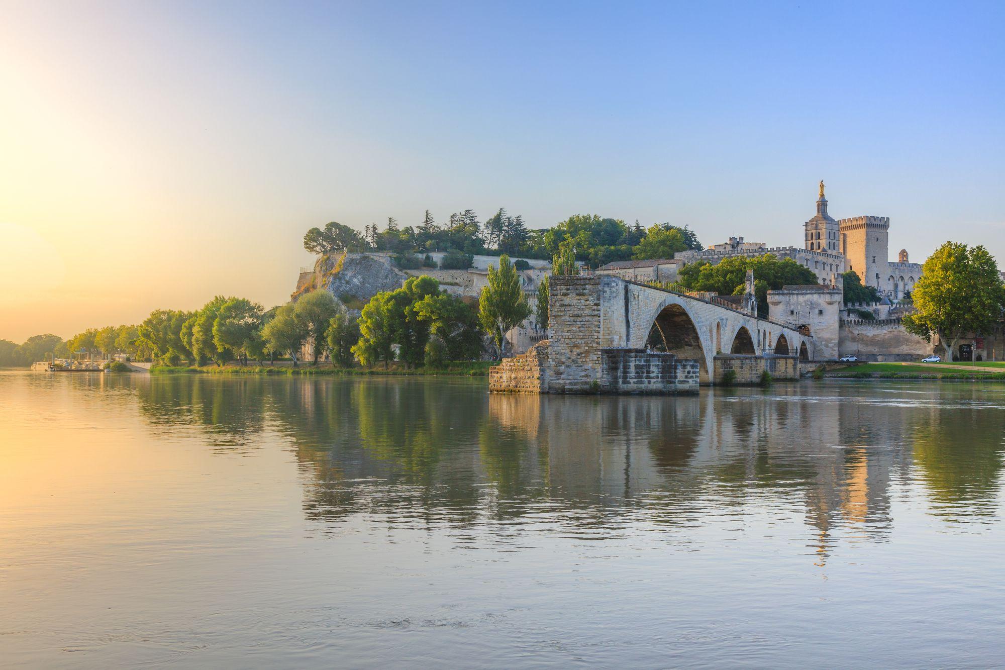 Мосту Сен-Бенезе