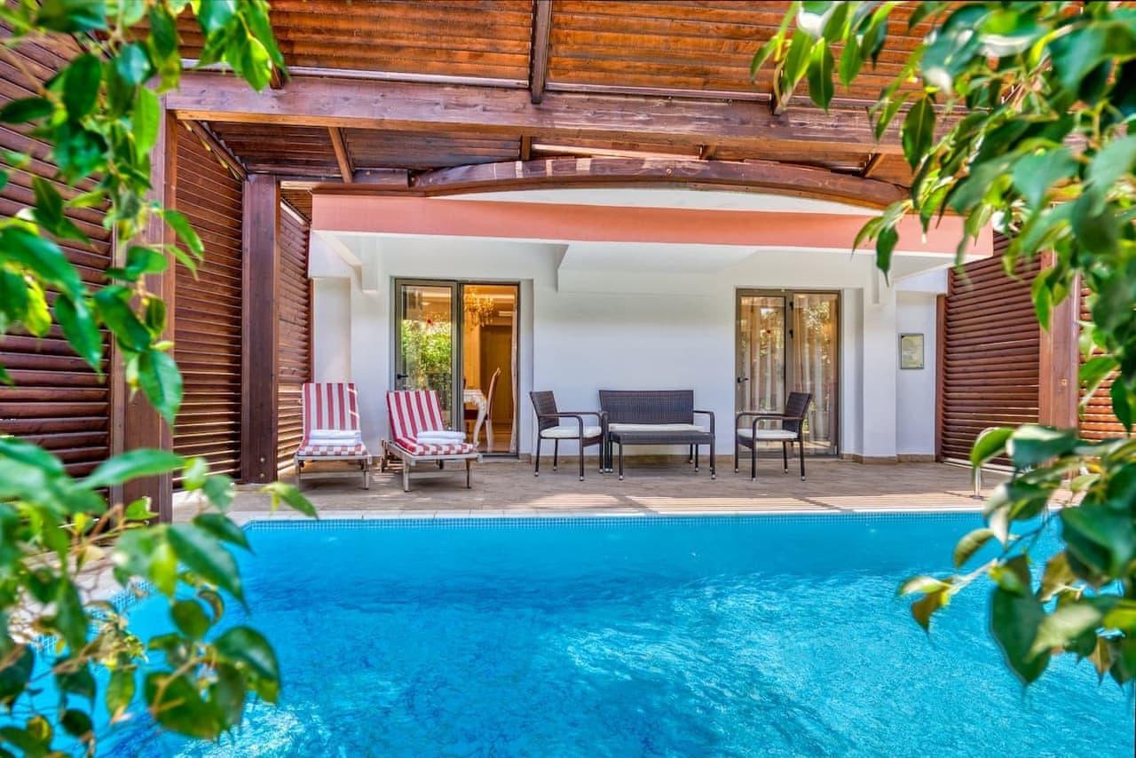 Adin Beach Hotel Havuzlu Villa
